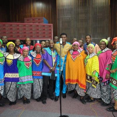 Mighty God Remix (feat. Soweto Gospel Choir) - Single MP3 Download