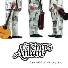 Les habits de papier