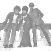 Uni Boys - You Glow