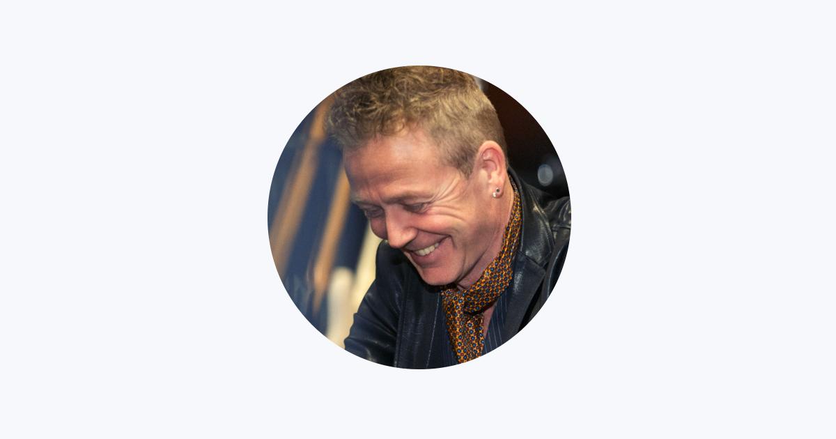 Thomas Helmig on Apple Music