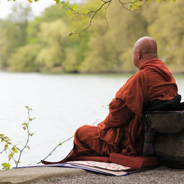 หลวงพ่ออำนาจ นำนั่งสมาธิ (Meditation)