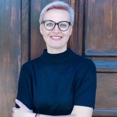 Не пафосная эзотерика:Лана Копченкова