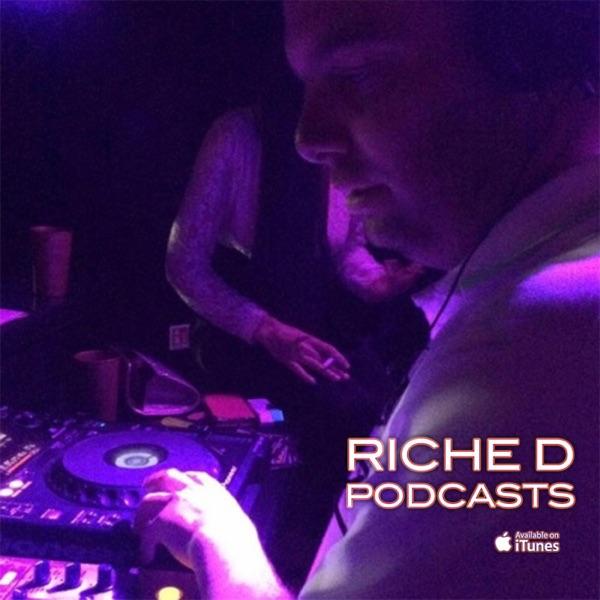 DJ RICHE D OLDSKOOL & HOUSE & JUNGLE MIXES