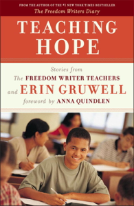 Teaching Hope Boekomslag
