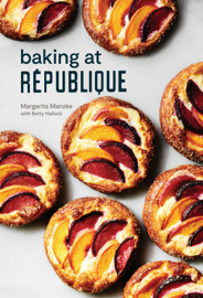 Baking at République