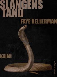 Slangens tand PDF Download