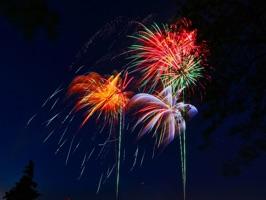Animated Fireworks Festive App