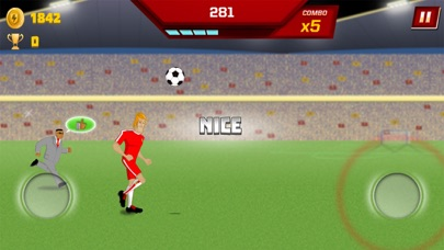 Supa Strikas Dash - Soccer Run screenshot three