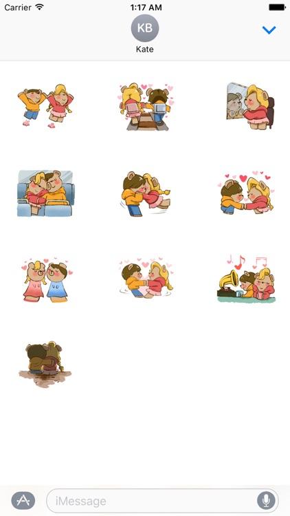 Cute Couple Bear Kiss and Love