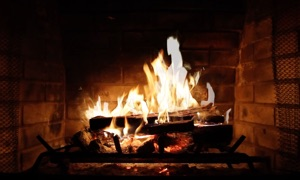 Cozy Fireplace for your TV – perfect for cold long winter nights and meditation