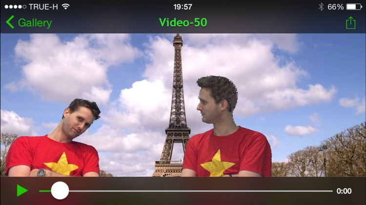 Chromakey Camera - Real Time Green Screen Effect to capture Videos and Photos screenshot-3