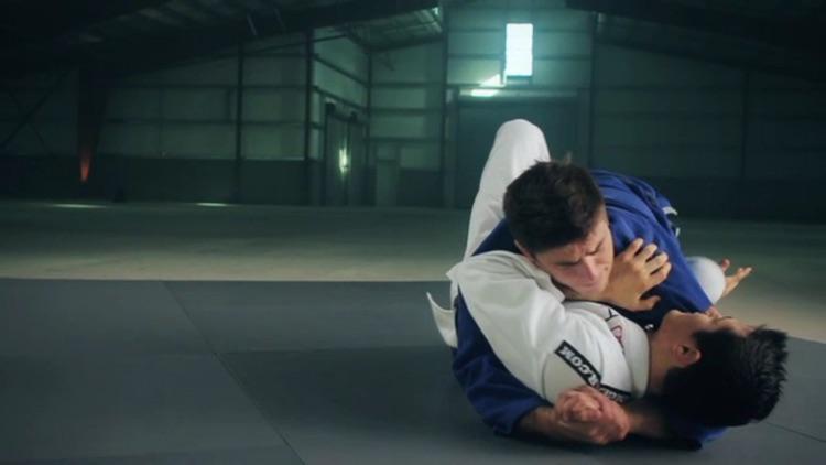 Brazilian Jiu-Jitsu: Mount