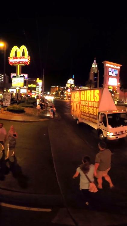 VR Las Vegas Strip South Walk Virtual Reality 360 screenshot-4