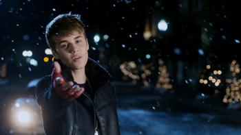 Justin Bieber Mistletoe music review