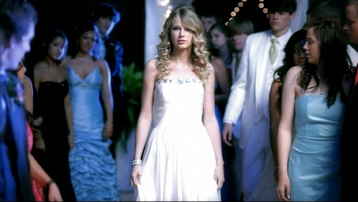 download taylor swift song you belong with me