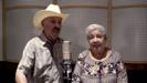 Con Cartitas - Buyuchek, La Abuela Irma Silva & Don Ramiro Cavazos