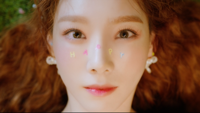 TAEYEON - Happy artwork