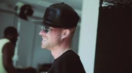 Collie Buddz: EPK Collie Buddz Pop Music Video 2014 New Songs Albums Artists Singles Videos Musicians Remixes Image