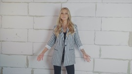 Herz zurück Christin Stark German Pop Music Video 2018 New Songs Albums Artists Singles Videos Musicians Remixes Image
