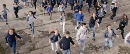 Die Menschen sind wir (feat. Kool Savas & Nico Suave) Seven R&B/Soul Music Video 2017 New Songs Albums Artists Singles Videos Musicians Remixes Image