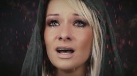 Roter Regen Christin Stark German Pop Music Video 2016 New Songs Albums Artists Singles Videos Musicians Remixes Image